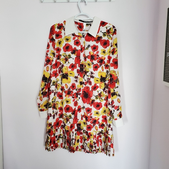 Kensie yellow and red poppie shirt dress sz M